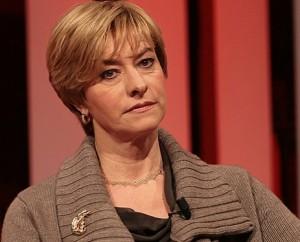 وزيرة الدفاع الايطالية روبيرتا بينوتّي