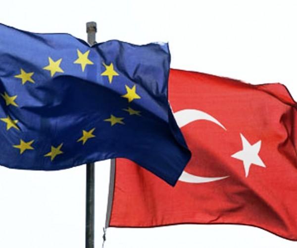 المفوضية: 600 مليون يورو لدعم اللاجئين السوريين في تركيا