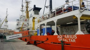 سفينة أكواريس التابعة لجمعية الإنقاذ في المتوسط