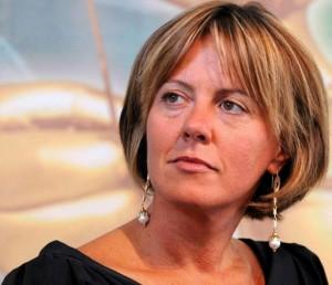 وزيرة الصحة الإيطالية بياتريتشي لورينتزين