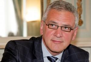 وزير الاقتصاد البلجيكي كريس بيترز