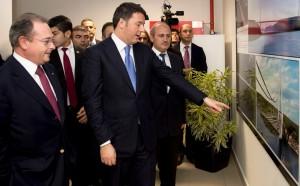 رينزي يزور شركة أستالدي الإيطالية