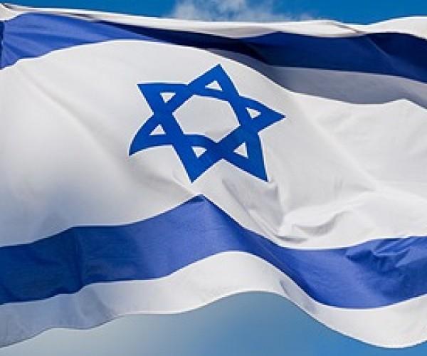 إسرائيل تقصف موقعا في سورية ردا على سقوط قذيفتين