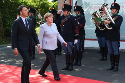 Renzi_Merkel_Maranello
