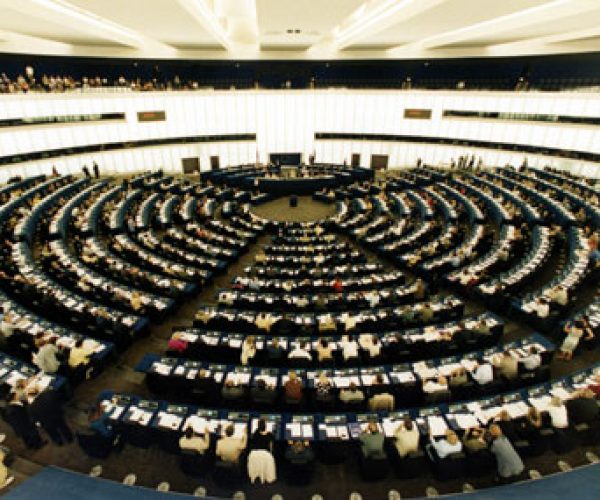 برلمانية أوروبية: خطة موافيرو لحل أزمة الهجرة أوروبياً تسير بالاتجاه الصحيح