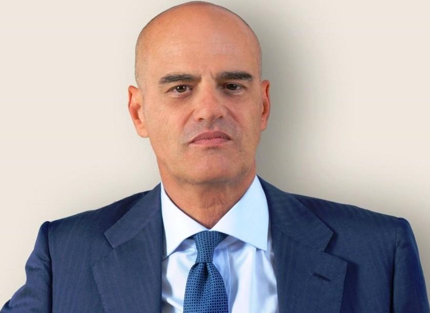 الرئيس التنفيذي لـ(إيني) كلاوديو ديسكالزي