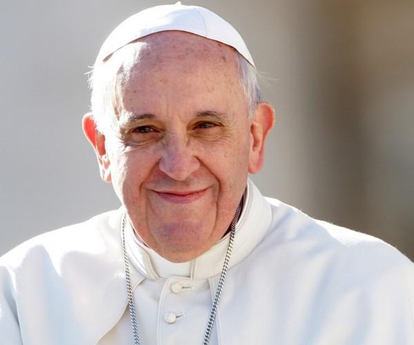 تبرع رمزي من البابا للفاو