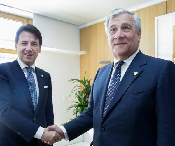رئيس البرلمان الأوروبي: على الحكومة الإيطالية توضيح فيما إذا كانت تريد مغادرة الاتحاد
