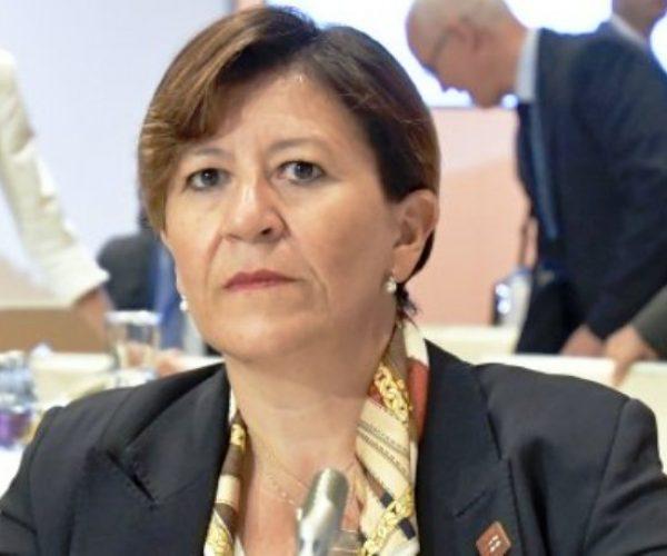 وزيرة الدفاع الايطالية: المهمة ضد داعش وايديولوجيته لم تنته بعد