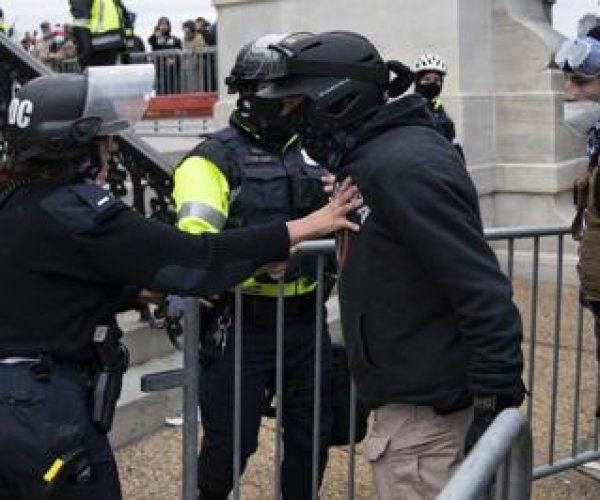 كونتي: بعد الهجوم على الكونغرس، ينبغي الدفاع عن الديمقراطية قولا وفعلا